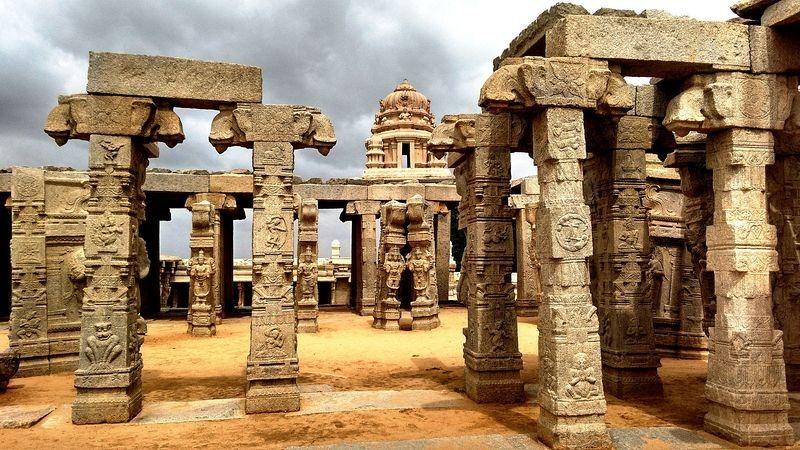लेपाक्षी मंदिर - ३