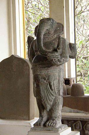 व्हिएतनाम मधे सापडलेला प्राचीन गणपती