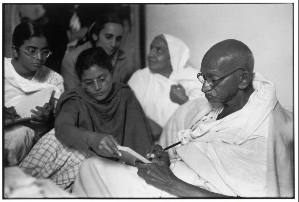 गांधीजी - वाह शरणार्थी शिबिरात